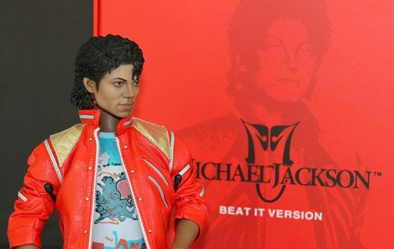Postitse kuva Michael Jacksonin popin kuninkaan elamanvaiheet Soolouralle Michael lahti - Michael Jacksonin, popin kuninkaan, elämänvaiheet